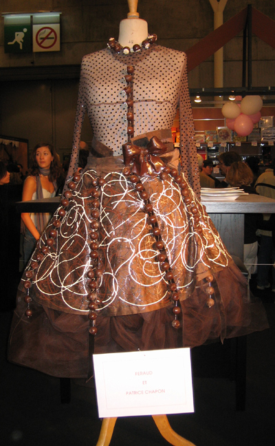 Chocshow_dress1